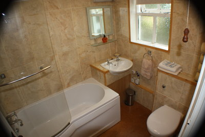 Wistaria Cottage Bathroom